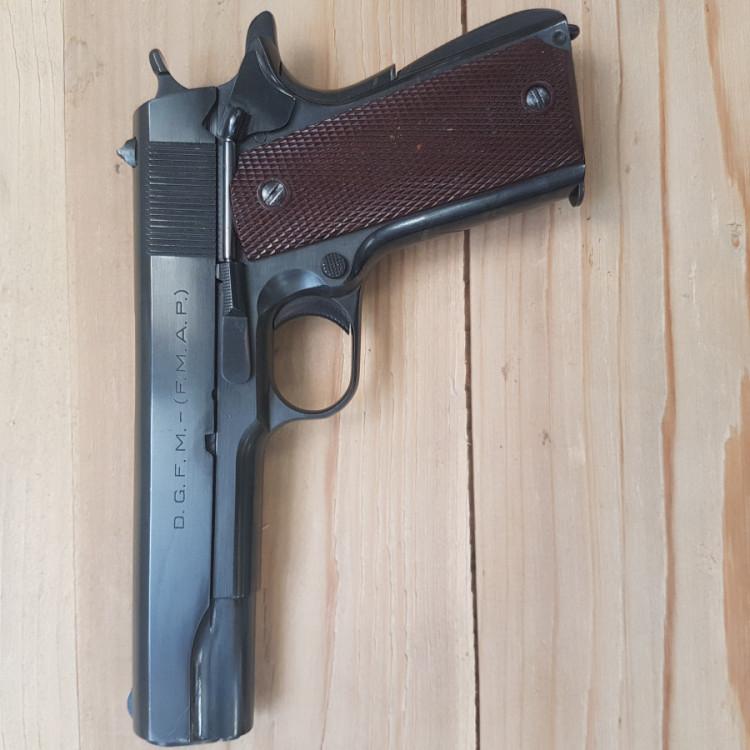 Pistole D.G.F.M. (F.M.A.P.) .45 A.C.P.