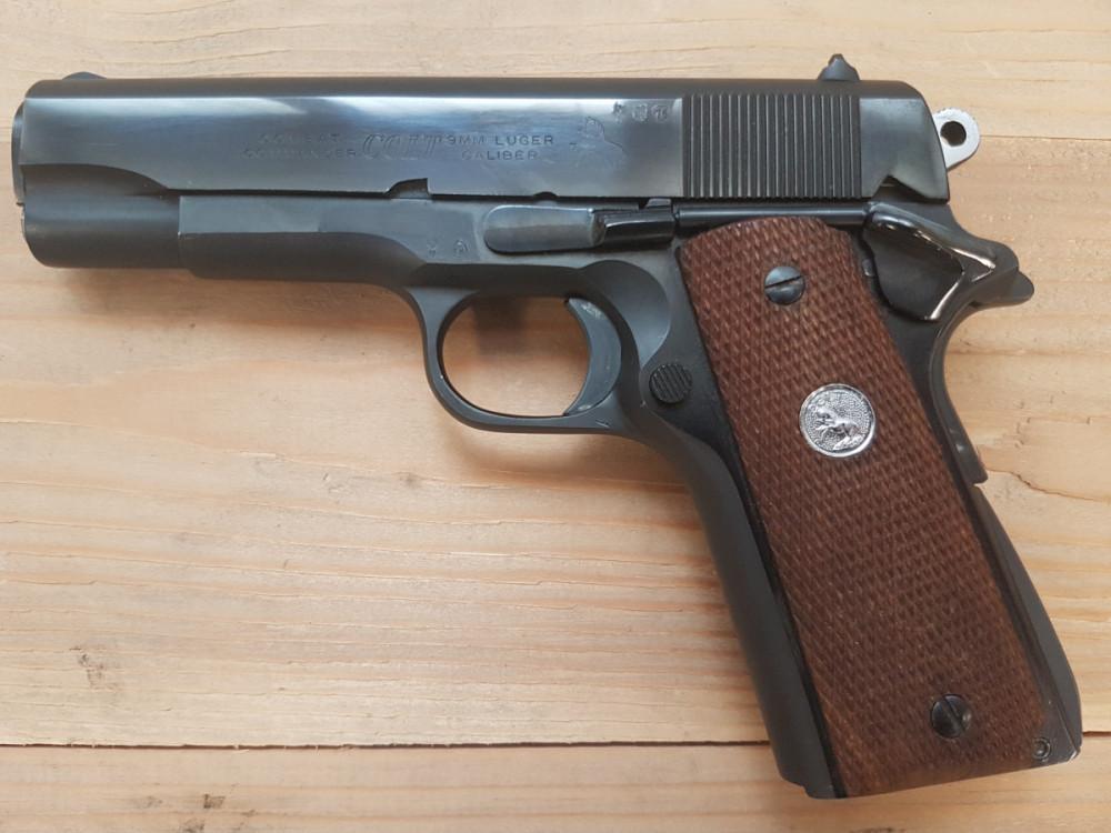 Pistole Colt Combat Commander č.1