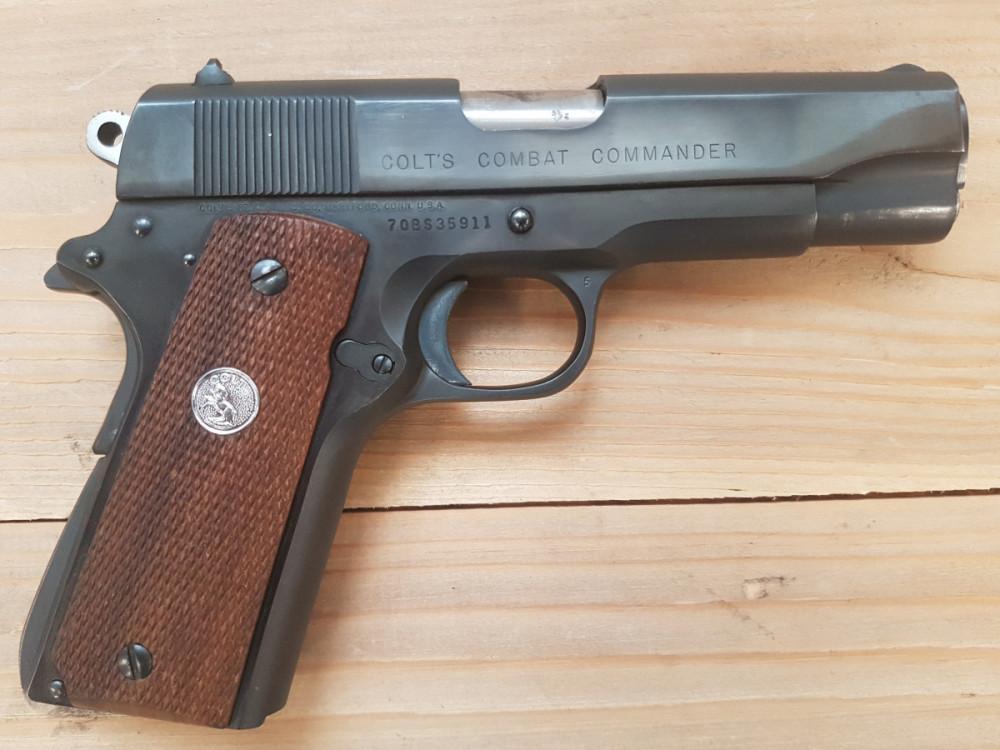 Pistole Colt Combat Commander č.2