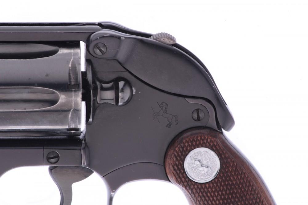 Revolver Colt  Cobra č.4