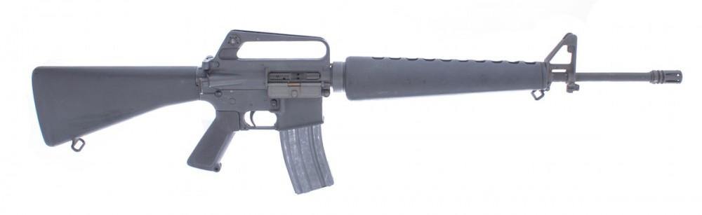 Puška samonabíjecí Colt M16 A1