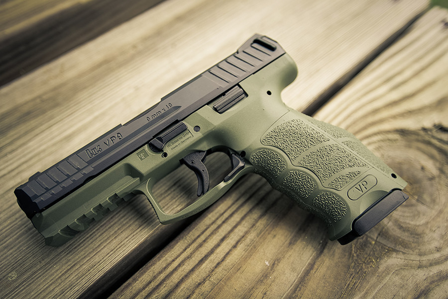 Pistole Heckler & Koch VP9 NATO Green