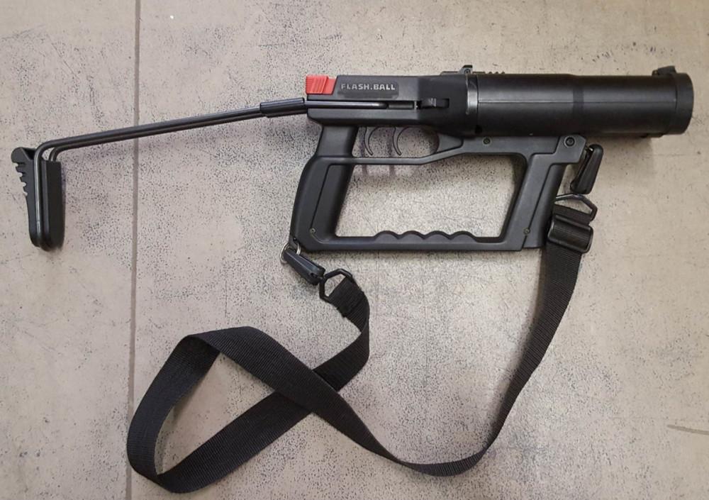 Flash Ball® Verney Carron -  neletální obranná zbraň 44x83mm