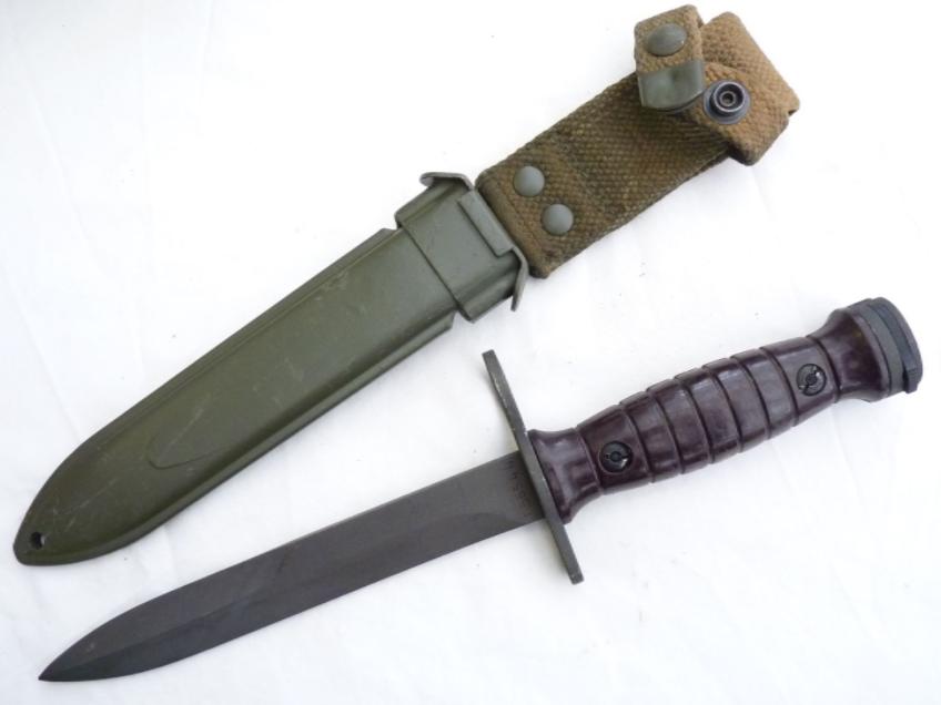 Bajonet Beretta BM59 (Itálie) č.2