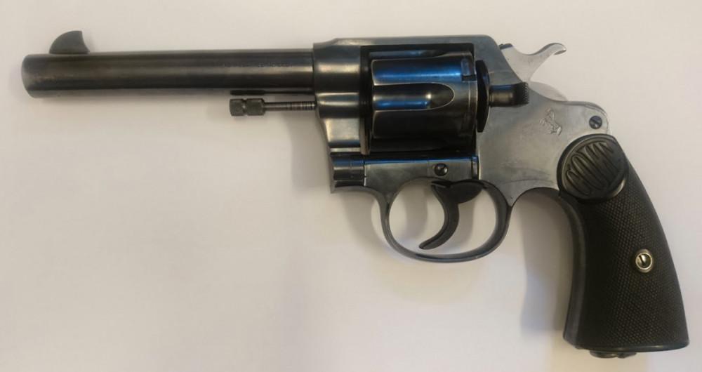 Revolver Colt New Service cal .45 Colt č.1