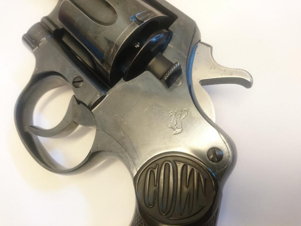 Revolver Colt New Service cal .45 Colt č.3