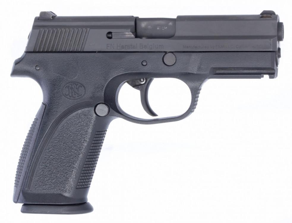 Pistole FNP-9 9mm luger č.1