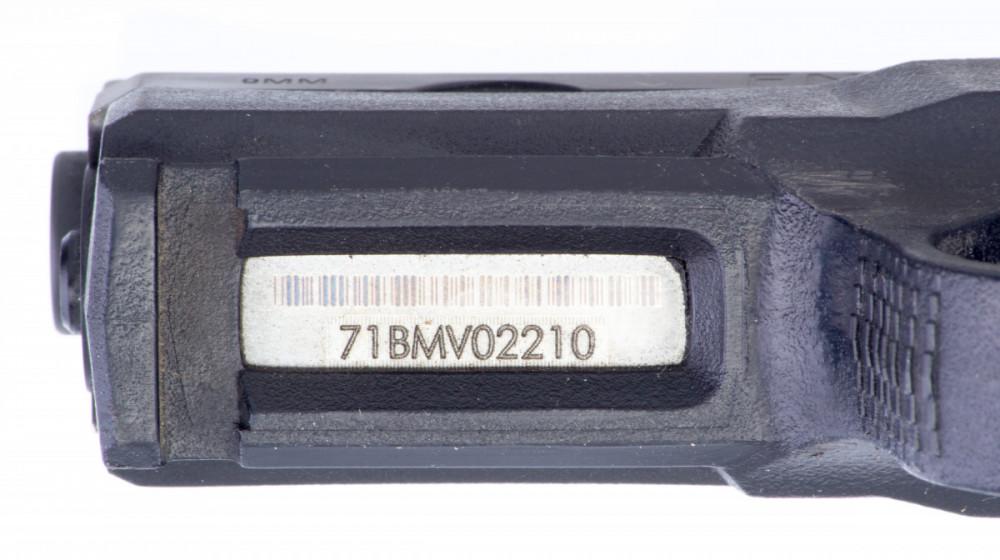 Pistole FNP-9 9mm luger č.4
