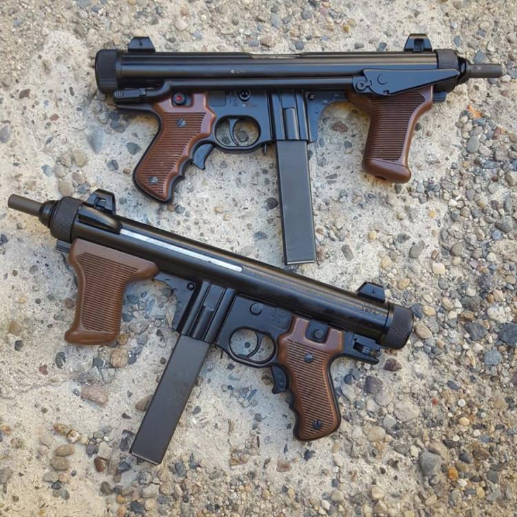 Samonabíjecí puška Beretta M12