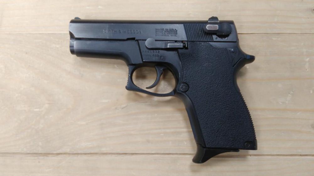 Pistole Smith & Wesson 469 (komisní) č.1